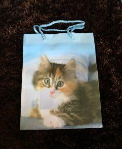 Cicás ajándék táska