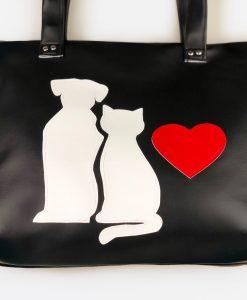 Fekete macskás táska kutyával
